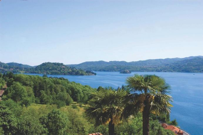 Vista mozzafiato del Lago d'Orta