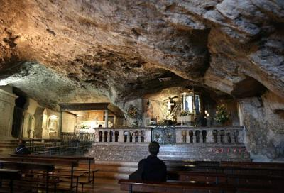 The Cave of Saint Michael, Last Minute Apulia