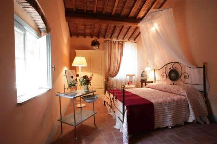 Agriturismo con camere romantiche in Toscana