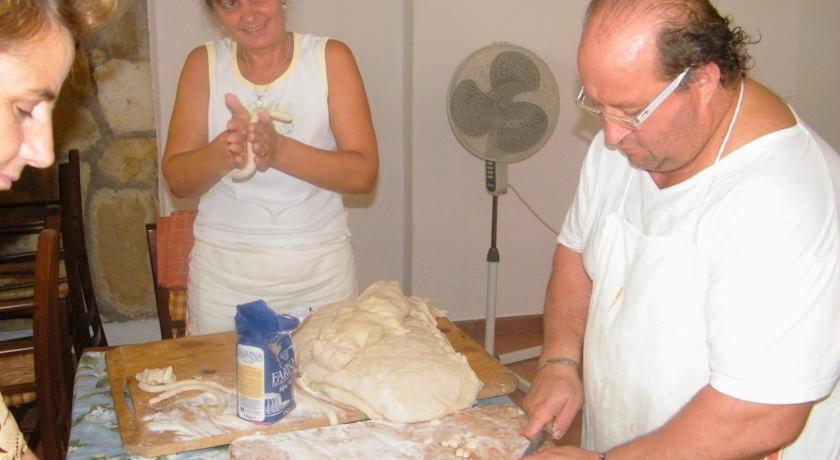 Cucina tipica casareccia, Villaggio nel Cilento
