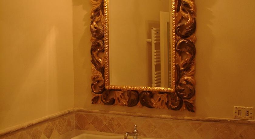 Maria Antonietta bagno maxi doccia residenza d'epoca