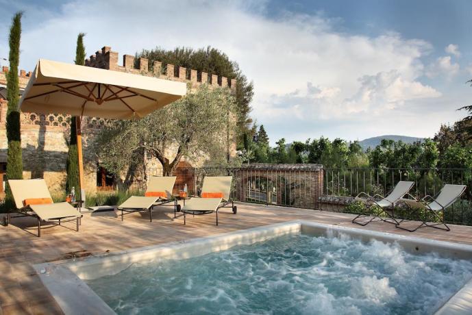 Vasca idromassaggio esterna riscaldata a Perugia