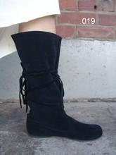 Scarpe e calzature medievali per uomini e donne