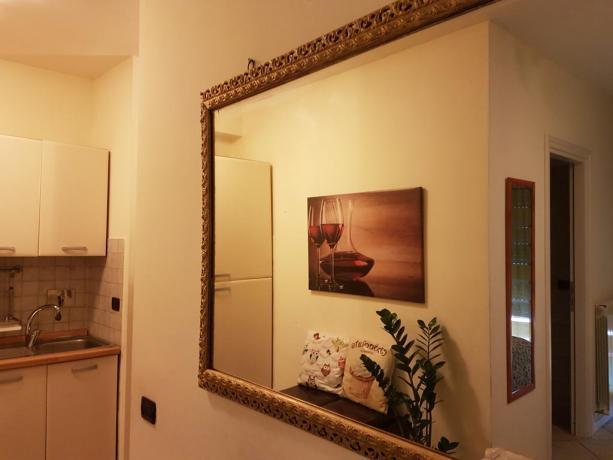 Suite con soggiorno, e grande specchio