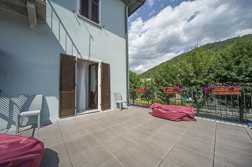 Casa-vacanze con terrazza arredata Bardonecchia vicino impianti scii