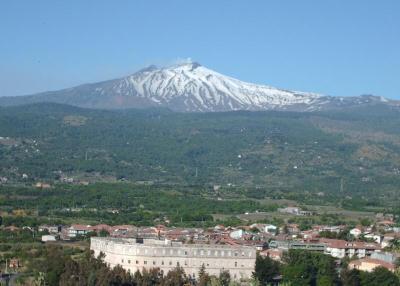 Best Deal near the Park of Etna