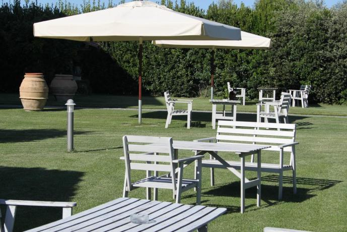 Agriturismo Canino Cellere Vulci Terme giardino relax