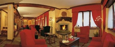 Hotels and residences in courmayeur pension and b b in for Hotel meuble courmayeur