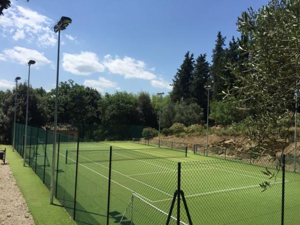 Noleggio campo tennis in Umbria