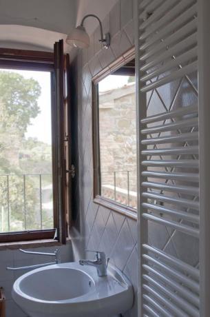 bagno camera B&B vicino Todi