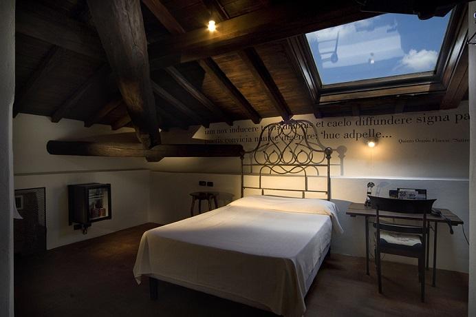 Camere con letto in ferro battuto