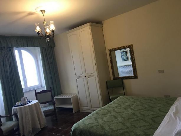 Camera romantica matrimoniale a Hotel Ravello