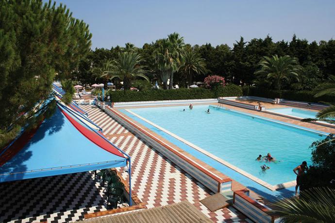 Villaggio con Piscina adulti e piscina Bambini