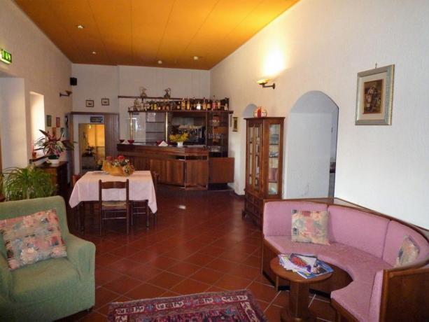 Sala bar albergo 3stelle 6km Assisi