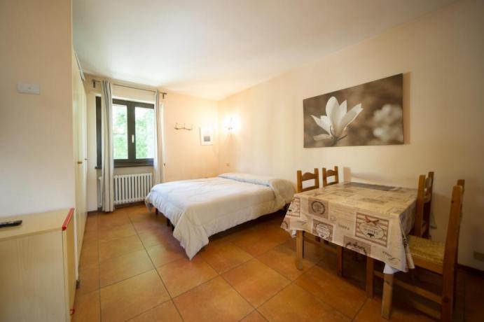 Appartamenti-vacanze monolocali 2/3/4persone Bardonecchia letto matrimoniale