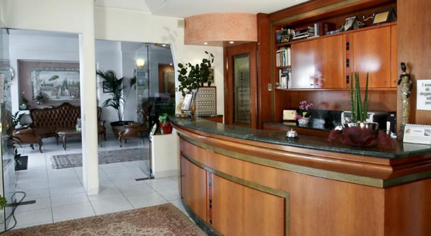 Hall Hotel in Abruzzo