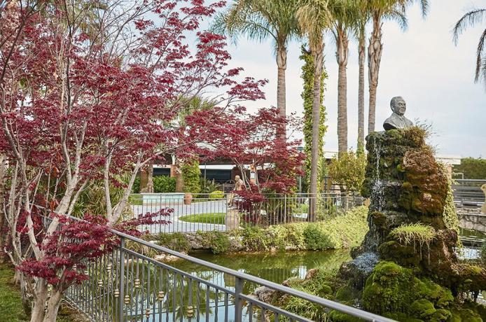 Grande Hotel 4stelle a Battipaglia con giardino Salerno