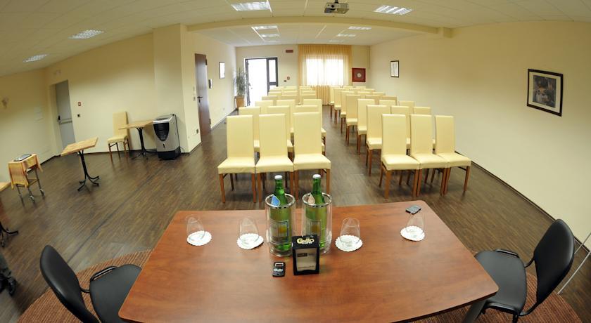 Sala meeting per incontri di lavoro