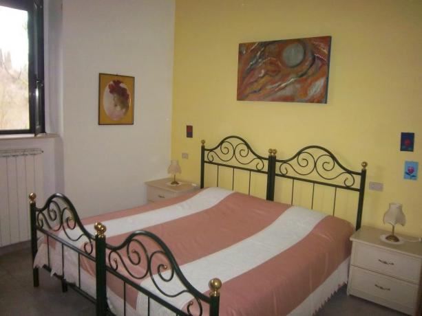 Camera matrimoniale appartamento Primula