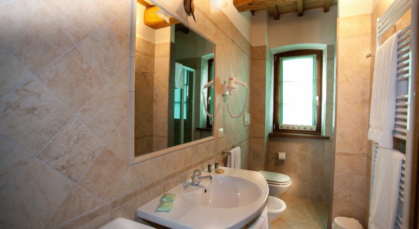 Appartamento con bagno casale in Umbria