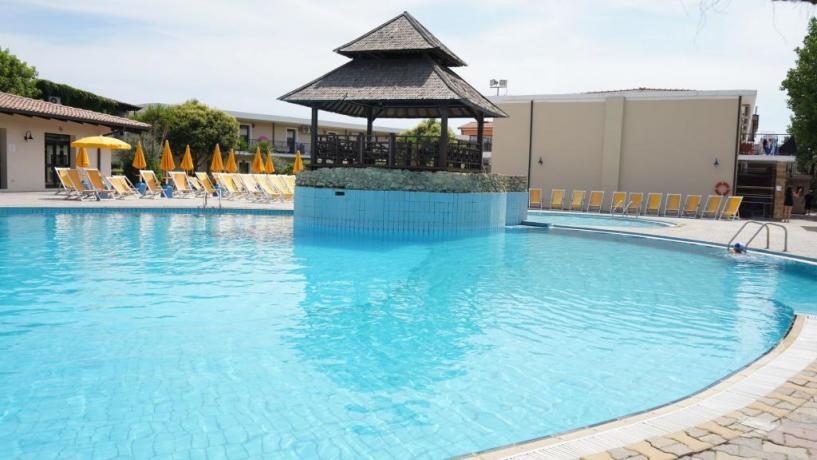 Piscina Adulti: Hotel Villaggio 4 stelle Capo-Piccolo Crotone