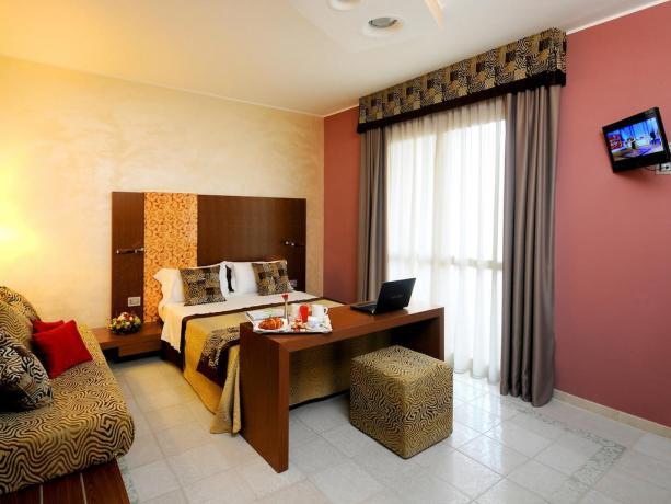 Camera Matrimoniale con biancheria inclusa, Hotel vicino Pescara