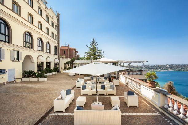 Terrazza Panoramica dell'albergo vicino Roma