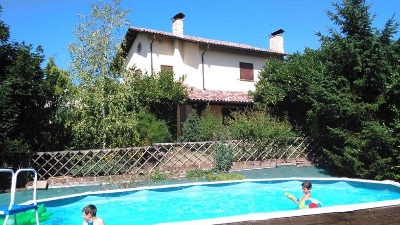 B&B con piscina esterna a L'Aquila
