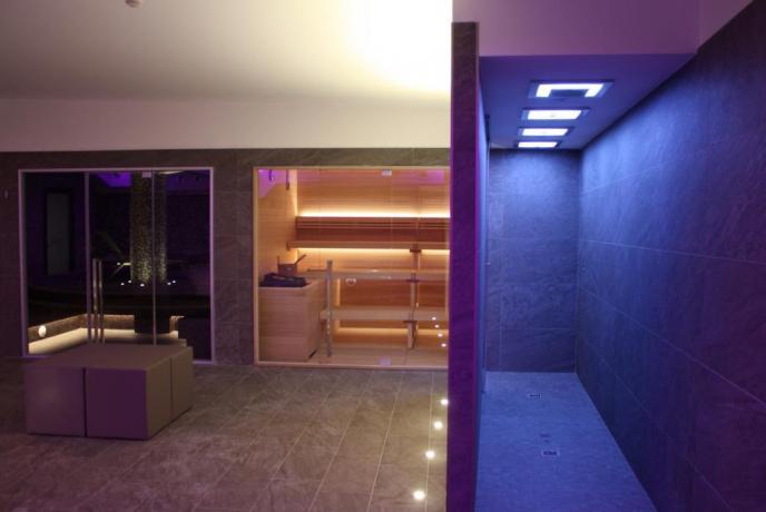 Doccia emozionale in hotel con SPA a Fiuggi