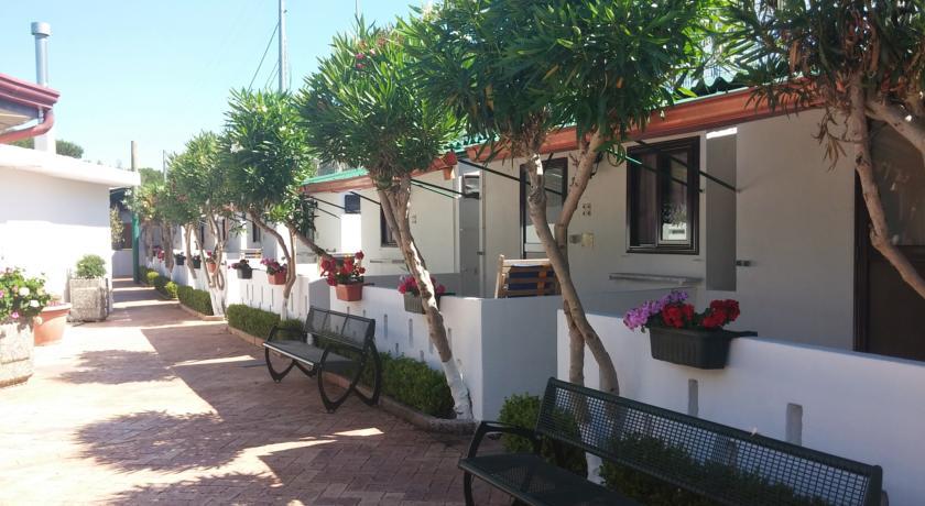 Offerta di agosto in villaggio a paestum in campania con - Hotel paestum con piscina ...