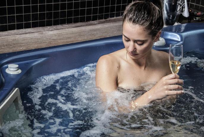Hotel 4 stelle con vasca idromassaggio in SPa