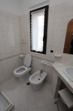 Bagno Camera appartamento vicino Assisi