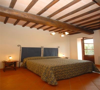 Double bedroom in L'Uliveto apartment