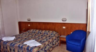 Camera matrimoniale/doppia in stile classico
