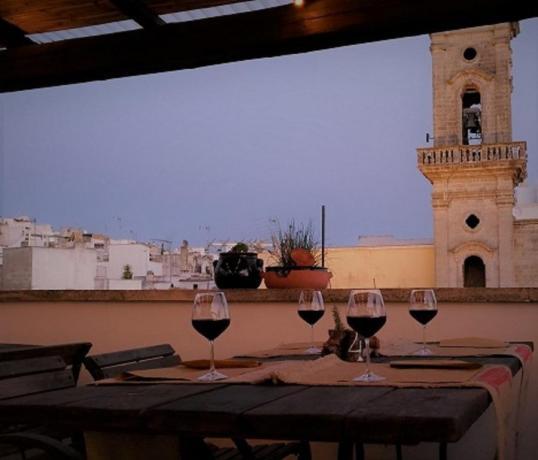 Hotel con terrazza panoramica con ristorante in Salento
