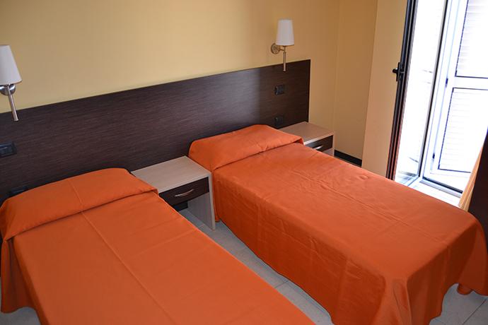 Residence con Appartamenti e Piscina Mandatoriccio Marina