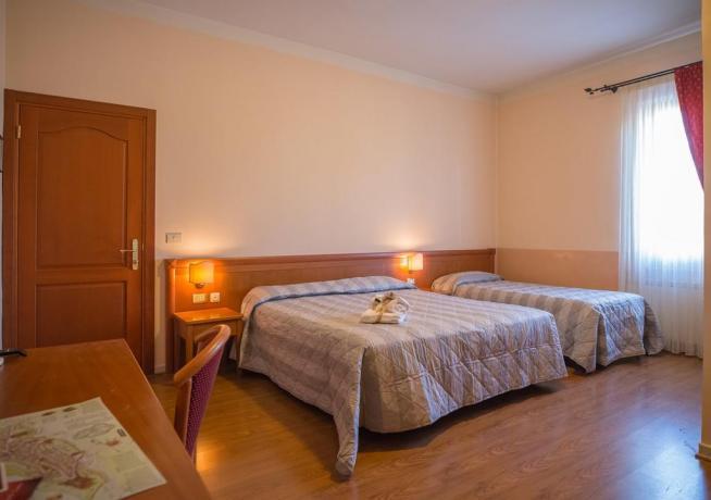 Camera Tripla in Affittacamere ai piedi di Assisi