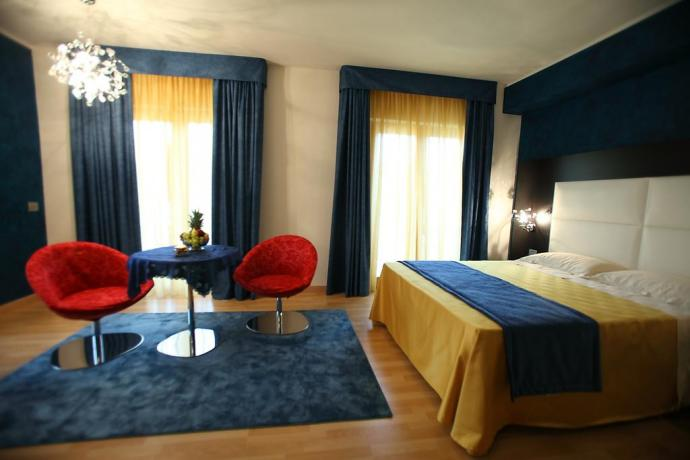 Suite Romantica ideale per coppie albergo a Diamante