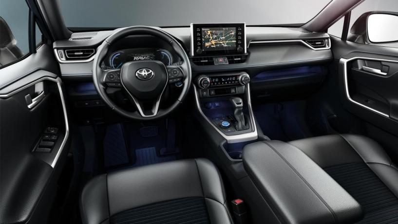 noleggio lungo termine suv economico Toyota Rav4 Ibrido