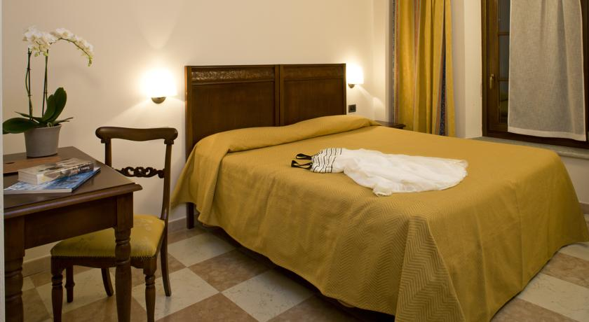 Camere Suite in Hotel 3stelle vicino a Cuneo