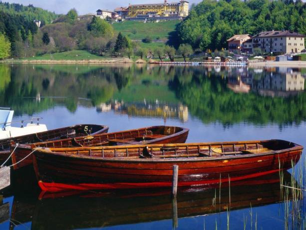 Hotel3stelle 2km dal Lago di Lavarone-Trento