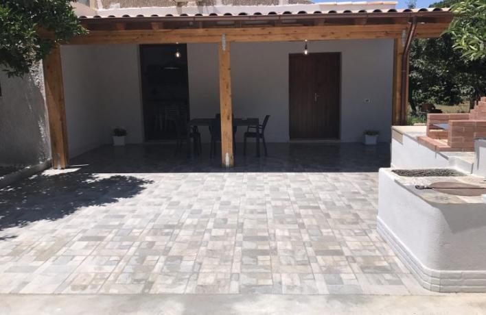 Casa vacanze vicino mare veranda arredata San-Vito-lo-Capo