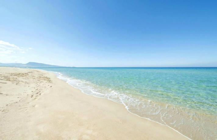 Villaggio con spiaggia privata a Isca sullo Ionio
