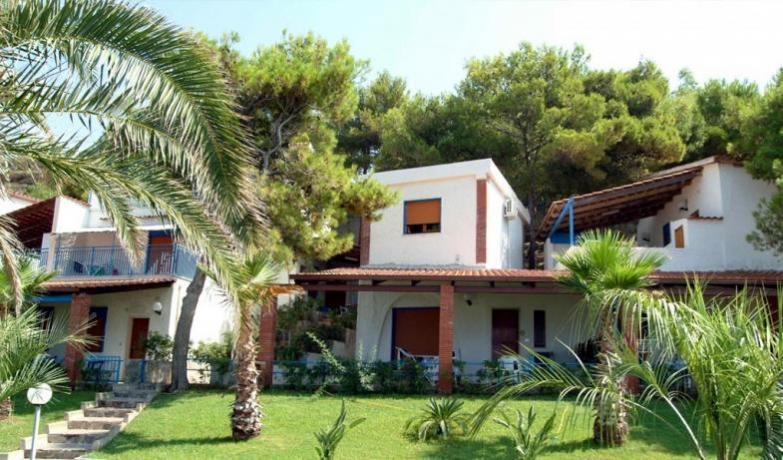 Villaggio per famiglie formula hotel/residence in Campania