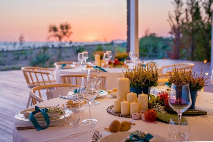 Cena al tramonto in hotel4stelle a Baia Domizia