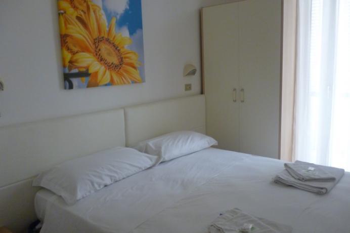rimini-hotel3stelle-50-metri-dal-mare-marinacentro-piazzatripoli