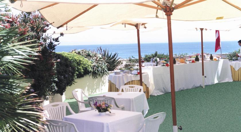 Roof terrace per banchetti e aperitivi