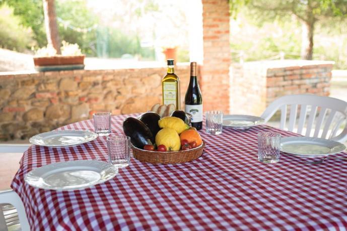 Casa vacanza con veranda per pranzi all'aperto