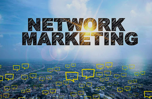 Lavorare da casa con il Computer nel Network-Marketing