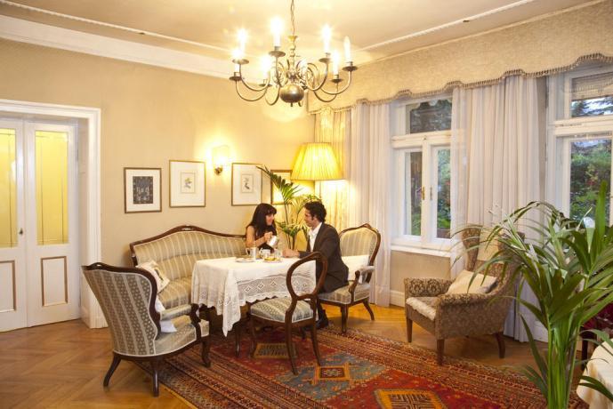 Risveglio con colazione romantica Hotel Trentino